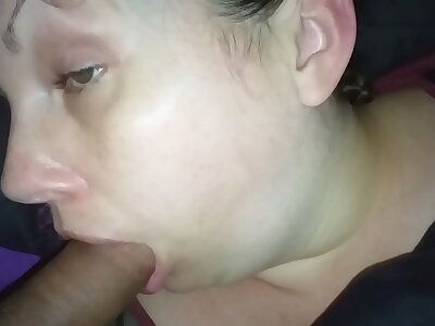 Wife at rest facefuck