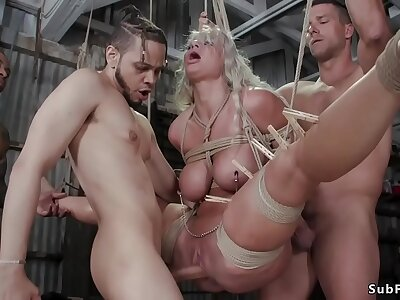 Huge tits MILF contrive mating bdsm