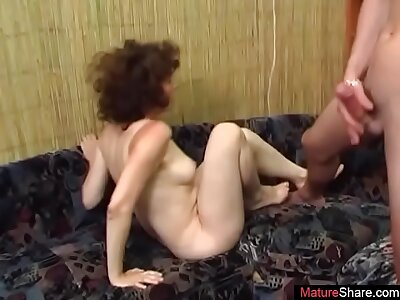 I fuck my mommy's mature friend