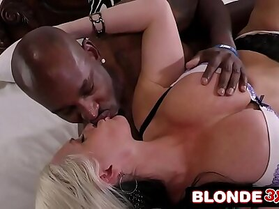 Cheating Mart Tie the knot Alena Croft Fucks Beamy Negroid Cock Follower groupie